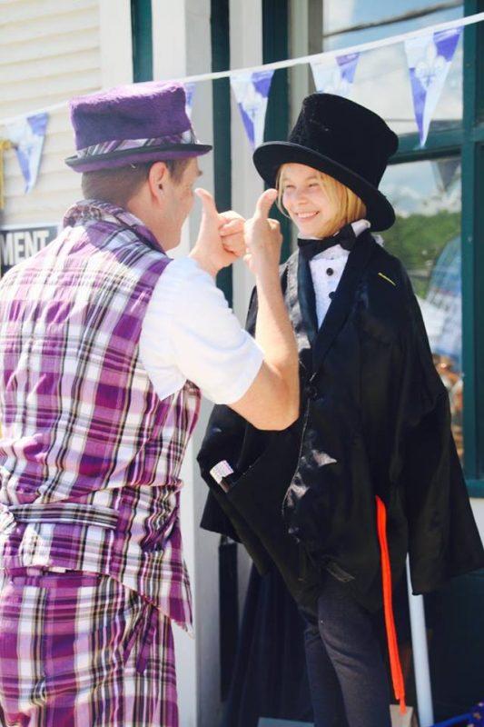 Magicien-pour- enfants-Thumbs-up